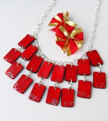Crvena ogrlica