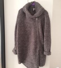 H&M teddy kardigan &gratis novi šal
