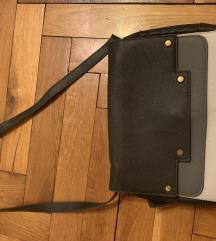 Trobojna siva torbica