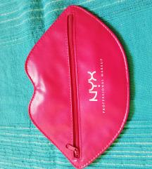 NYX kozmetička torbica
