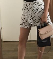 Suknja i sandale