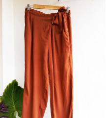 Nove esmara hlače
