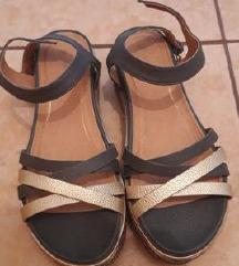 Nove Wrangler sandale iz Mass-a