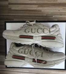 Gucci rhyton LOGO