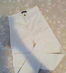 Bershka bijele hlače