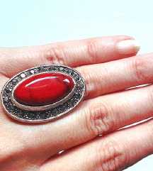 Unikatni prsten sa vulkanskim kamenom
