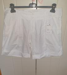 Kratke bijele hlače, novo sa etiketom, vel. 48