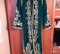 Embroidered hit kimono