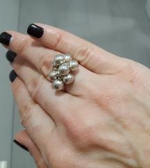 Prsten kuglice srebro