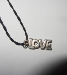 ogrlica s privjeskom Love