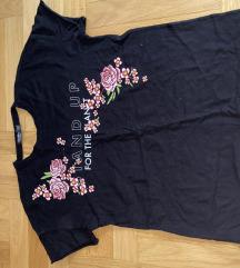 bershka majica crna ljetna