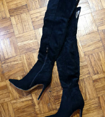 Čizme preko koljena (200 kn)