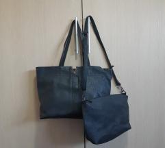 2 torbe tamnosive boje bez ikakvih oštecenja