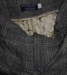 Burberry odlične 3/4 hlače vel.M