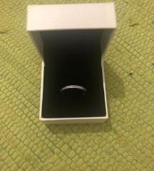 Pandora prsten s cirkonima