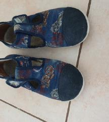 Papuce ciciban 33