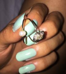Lot od 15 prstena