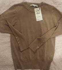Zara pulover s gumbima