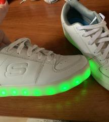 Svjetleće tenisice energy lights