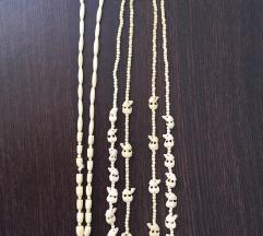 Bijele ogrlice, 3 kom