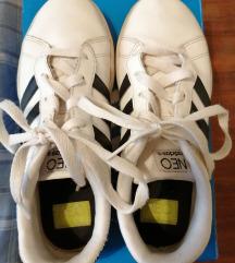 Adidas Neo 36 i 2/3
