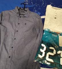 2 dječje majice i 1 košulja sve 120 kuna