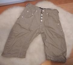 Nove hlače 10 god