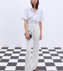 Bijele lepršave hlače