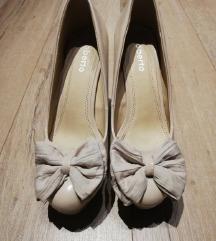 Krem cipele na petu