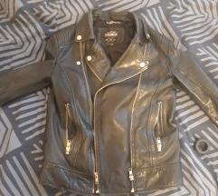 Pull and bear kozna jakna