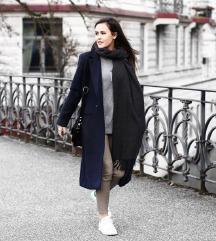 %%%  Zara Basic crni vuneni kaput