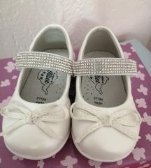 Svečane cipelice 19