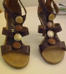 Unisa sandale
