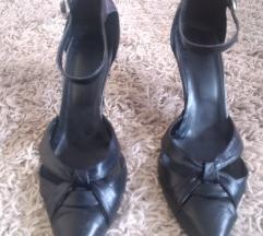Crne kožne cipele