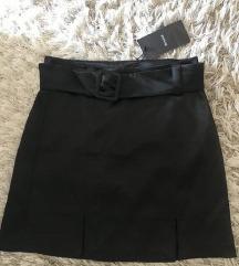Bershka svilena suknjica s remenom