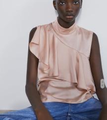 Zara bluza sa volanom