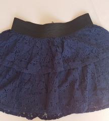 Tamnoplava čipkasta suknja