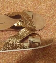 Nove zlatne papucice
