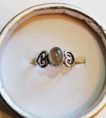 Srebrni 925 prstenčić sa srčekima