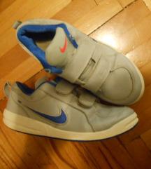 Tenisice Nike 35