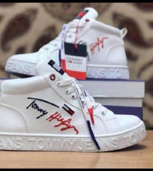 NOVE Tommy tenisice