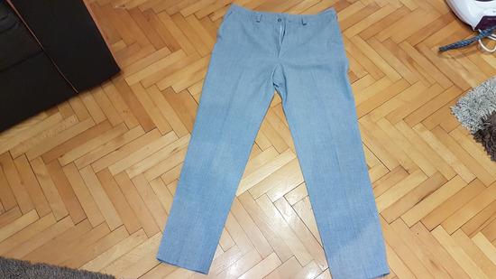 nove hlače vel 40