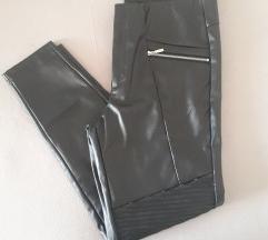 'Kožne' hlače 42