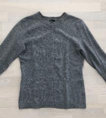 Sivi džemper novo