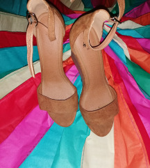 Sandale na petu hm