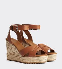 Sandale plutnjače