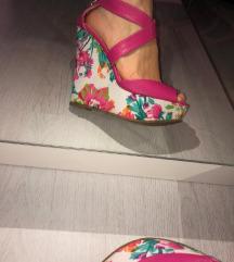 Roze ljetne sandale