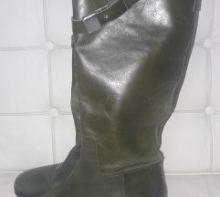 Sniženo! 80kn Zara kožne čizme gratis M.A. suknja