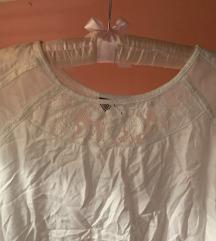 Nova bijela bluza sa čipkom