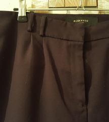 Reserved crne hlače ✂️-50% na cijenu